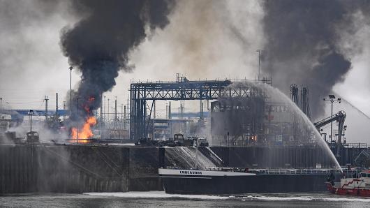巴斯夫爆炸事件新疑点:易燃残油液管道被切断