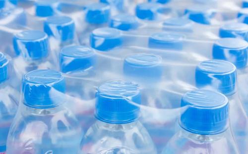 美中�W,全球塑料可回收定�x能否�y一?